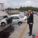 Žena za volantom vs. loď